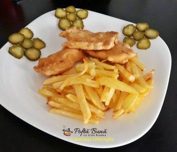 Snitele din piept de pui cu cartofi prajiti, reteta clasica