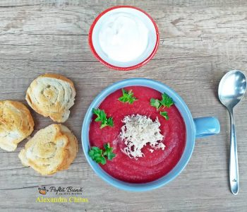 Supa crema de sfecla rosie cu hrean, reteta de post