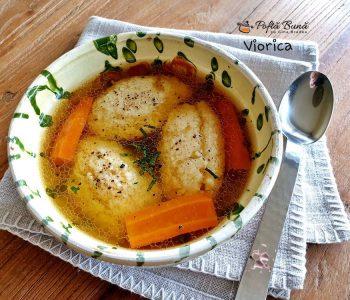 Supa de gaina cu galuste de gris, reteta clasica, pas cu pas