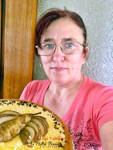 tarta pufoasa cu crema de unt si oua decorata cu pere 5 375x500 - Tarta pufoasa cu crema de unt si oua, decorata cu pere
