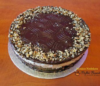 Tort de biscuiti cu ciocolata, reteta indragita a copilariei