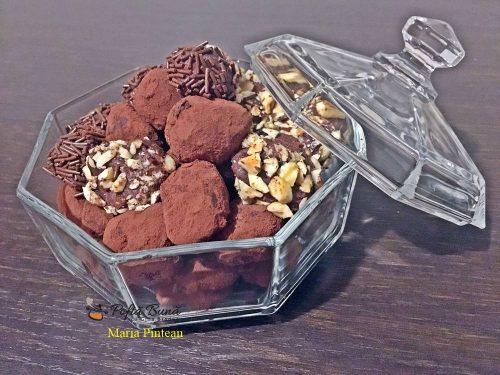 trufe de ciocolata 5 500x375 - Trufe de ciocolata, reteta celor mai fine bomboane de ciocolata