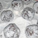 chocolate crinkels biscuiti crapati cu ciocolata 4 150x150 - Biscuiti crapati cu ciocolata, chocolate crinkles