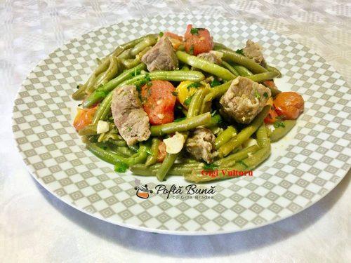fasole verde cu carne de vita si rosii 1 500x375 - Fasole verde cu carne de vita si rosii
