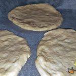 minipizza cu legume cascaval sunca 6 150x150 - Minipizza cu legume si sunca