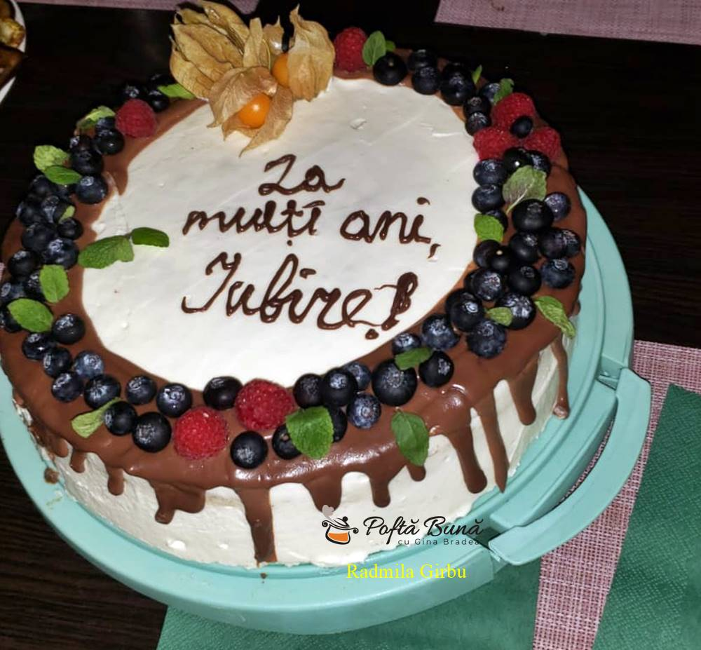 Tort Spartak cu visine - reteta de tort Marlenka
