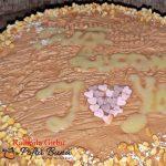 tort cu blat din bezea si alune caramel si crema de ciocolata 1 150x150 - Tort cu blat din bezea si alune, caramel si ciocolata