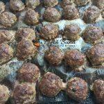 Chiftele marinate in sos de rosii cu piure de cartofi reteta gina bradea 20 150x150 - Chiftele marinate cu sos de rosii si piure de cartofi