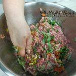 Chiftele marinate in sos de rosii cu piure de cartofi reteta gina bradea 4 150x150 - Chiftele marinate cu sos de rosii si piure de cartofi