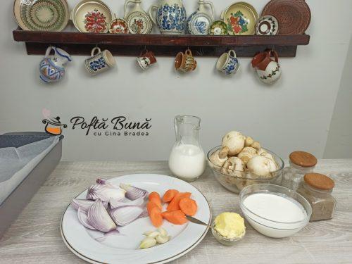 Supa crema de ciperci de post sau cu smantana reteta gina bradea 2 500x375 - Supa crema de ciuperci - reteta de post sau cu smantana