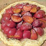 Placinta cu prune si alune de padure