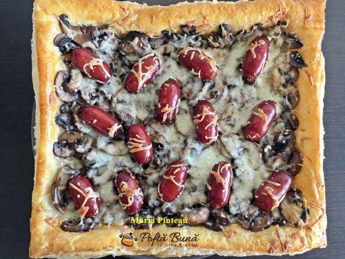 tarta cu ciuperci si carnaciori de bere 1 500x375 - Tarta cu ciuperci si carnaciori de bere