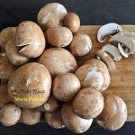 Tarta cu ciuperci si carnaciori de bere