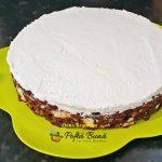 reteta de tort de biscuiti 5 150x150 - Tort de biscuiti