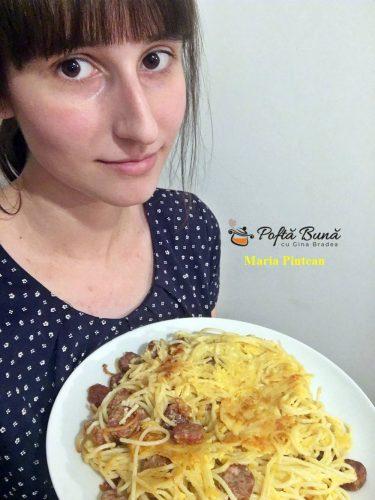 spaghete cu ou si carnati tigaie reteta rapida 2 375x500 - Spaghete cu ou si carnati, reteta rapida