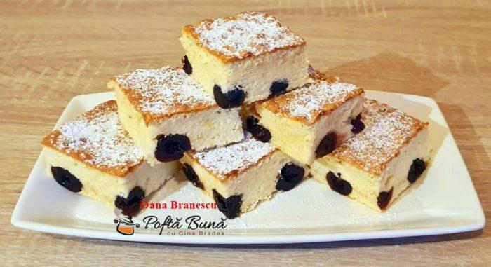 prajitura cu cirese negre reteta simpla 5 700x381 - Prajitura cu cirese negre
