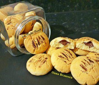 reteta biscuiti cu ciocolata 6 350x300 - Index retete culinare (categorii)