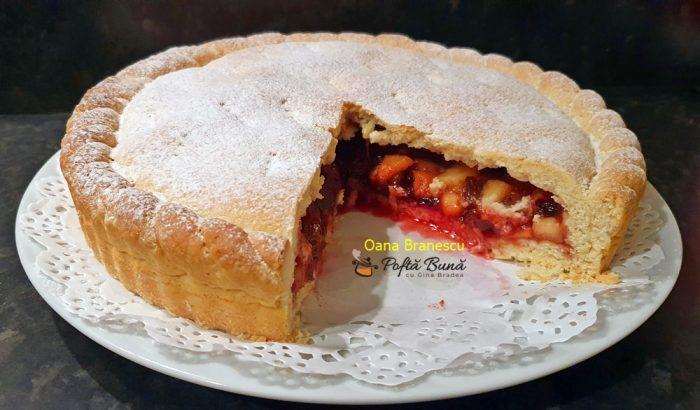tarta cu prune mere stafide reteta simpla 4 700x410 - Tarta cu prune, mere si stafide