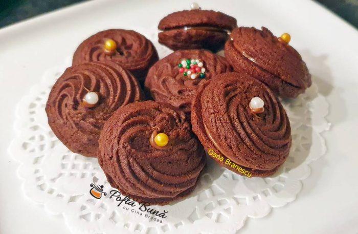 reteta fursecuri cu ciocolata 3 700x457 - Fursecuri cu ciocolata