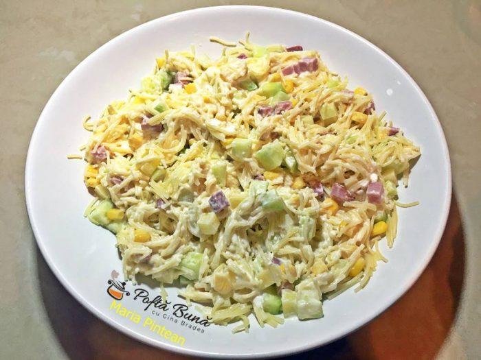salata de paste cu legume si sunca 2 700x525 - Salata de paste cu legume si sunca