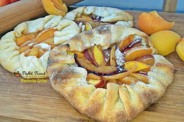 tarte rustice cu fructe reteta pas cu pas 6 1 700x467 - Tarte rustice cu fructe