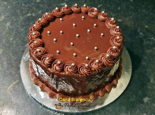 tort de biscuiti cu mascarpone reteta simpla 5 500x371 - Tort de biscuiti cu mascarpone si nutella