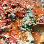 Musaca de vinete cu carne tocata reteta gina bradea 12 150x150 - Musaca de vinete cu carne tocata
