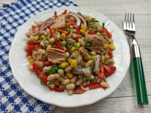 Salata de fasole boabe cu ton reteta gina bradea 1 500x376 - Salata de fasole cu ton si porumb