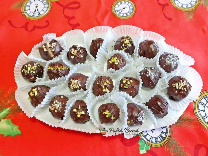 bomboane de ciocolata cu cocos 3 700x525 - Bomboane de ciocolata cu cocos