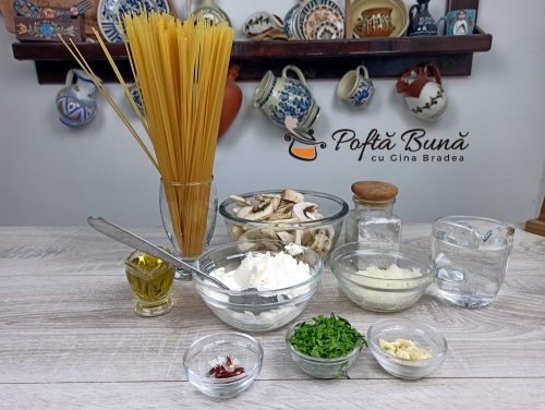 Paste cu sos alb ciuperci si smantana reteta gina bradea 2 500x376 - Paste cu sos alb, ciuperci si smantana