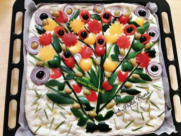 focaccia buchet de flori reteta italiana 6 700x525 - Focaccia Buchet de flori