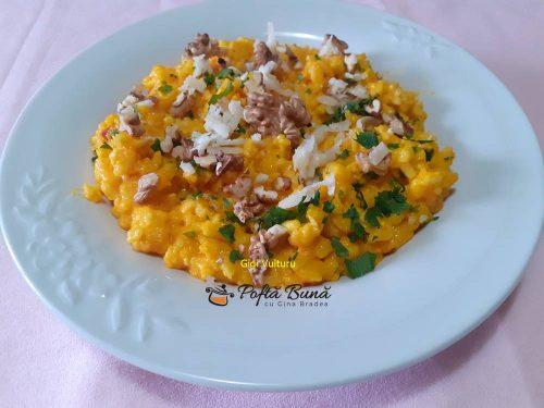 orez cu crema de morcovi si nuci 3 500x375 - Orez cu crema de morcovi si nuci