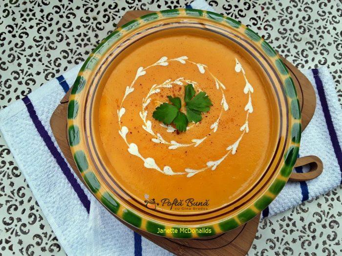 supa crema de morcovi si cartofi 1 700x525 - Supa crema de morcovi si cartofi