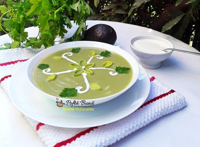 supa crema de praz cu avocado reteta de post 2 700x516 - Supa crema de praz cu avocado
