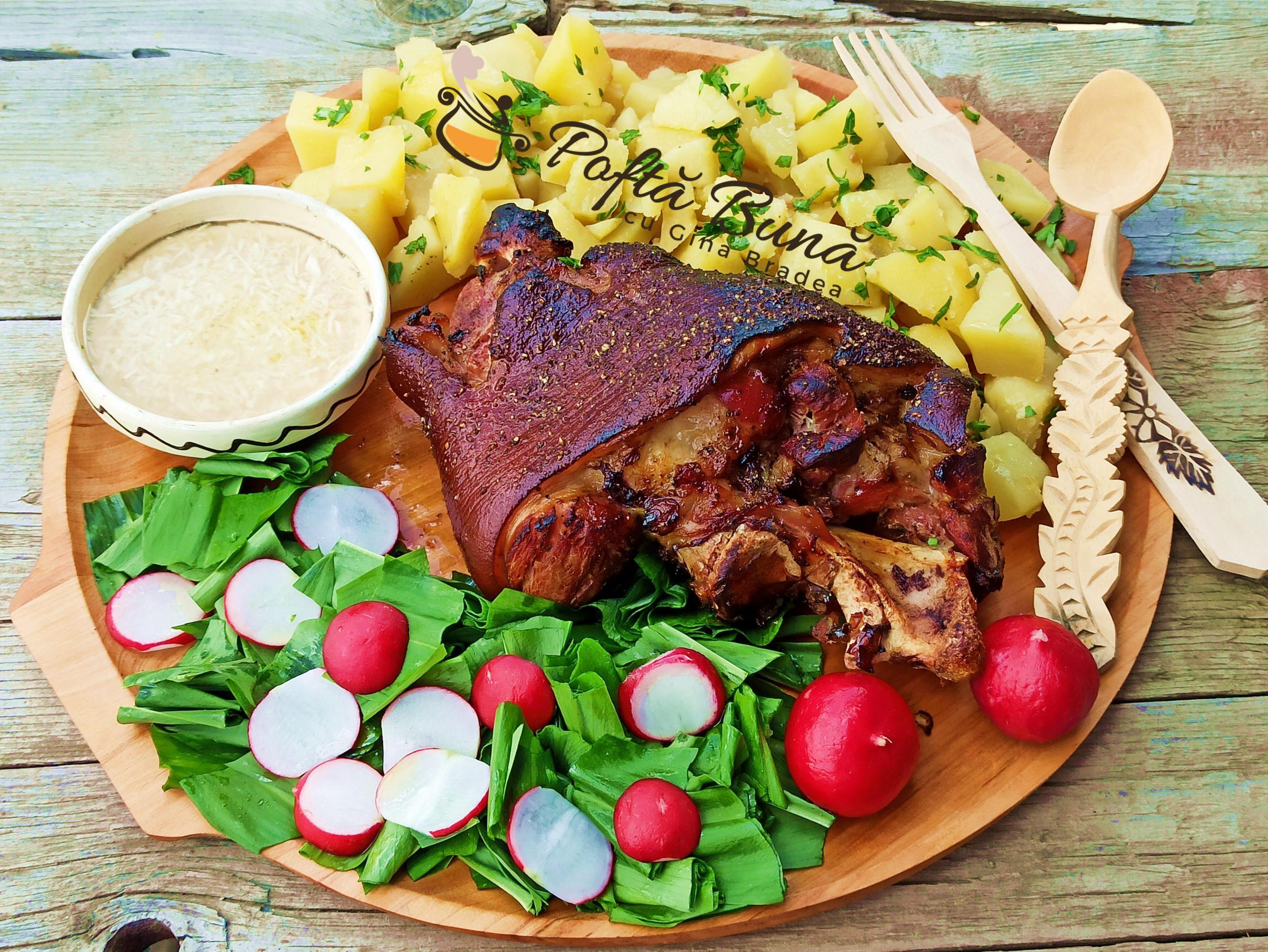Ciolan de porc cu miere la cuptor reteta gina bradea 2 scaled - Ciolan de porc cu miere, la cuptor