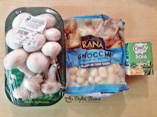 Gnocchi cu ciuperci si smantana de soia