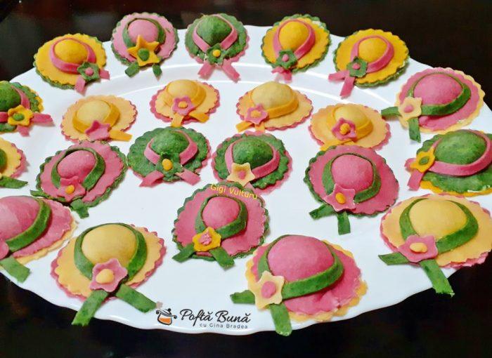 paste palariute colorte natural umplute ricotta spanac 7 700x510 - Paste palariute colorate natural