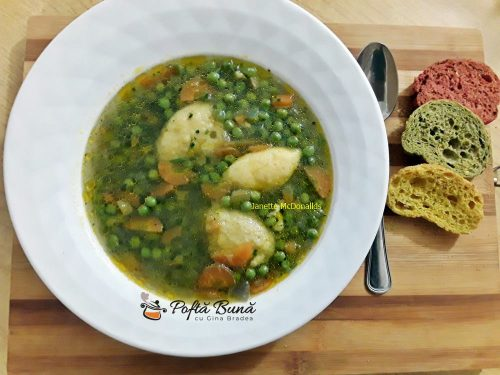 Supa de mazare cu galuste