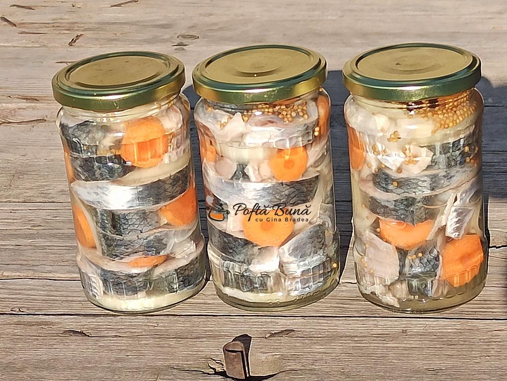 Scrumbie marinata la borcan reteta lipoveneasca lacherda siliotca gina bradea 2 - Scrumbie marinata la borcan reteta lipoveneasca
