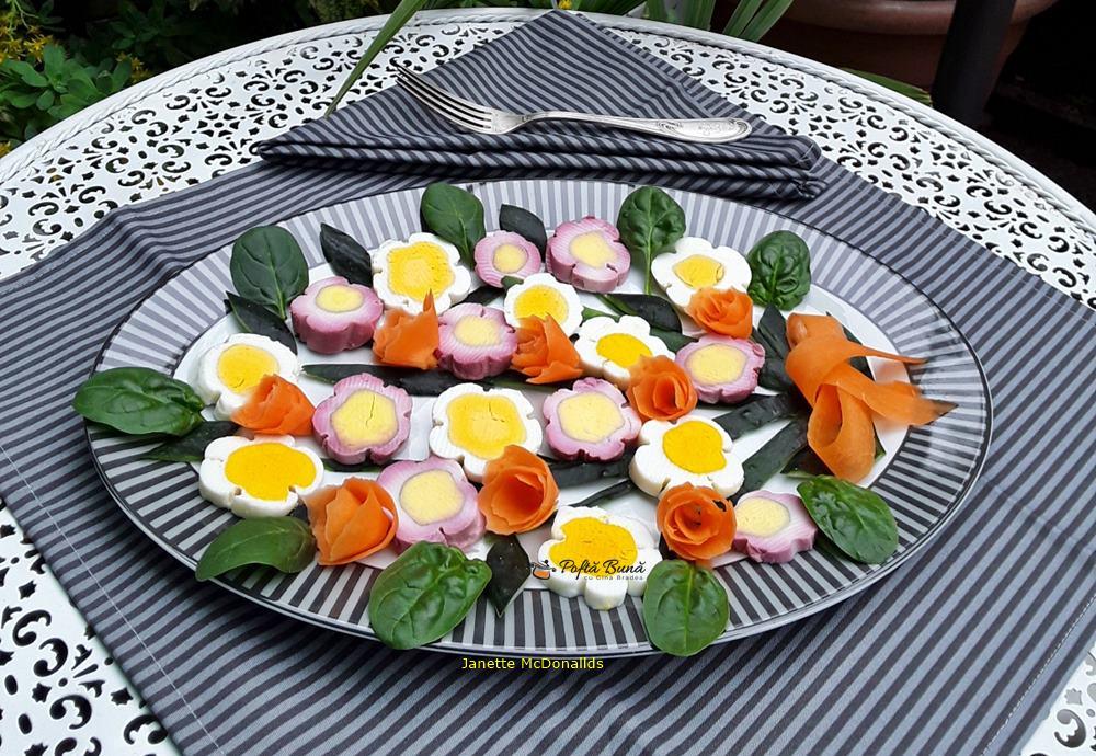 flori din ou aperitiv aratos 1 - Flori din oua – un aperitiv aratos