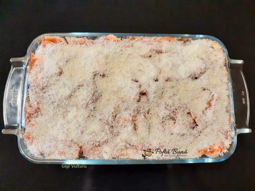 Paste la cuptor cu sos de rosii si mozzarella