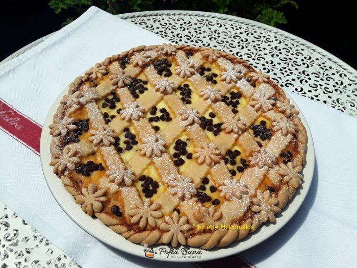 tarta cu urda si picaturi de ciocolata reteta simpla 5 700x525 - Tarta cu urda si picaturi de ciocolata