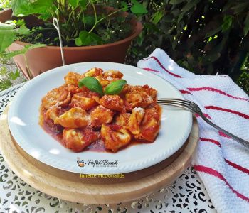 tortellini cu sos de rosii 3 350x300 - Index retete culinare (categorii)