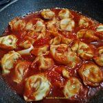 tortellini cu sos de rosii 7 150x150 - Tortellini cu sos de rosii