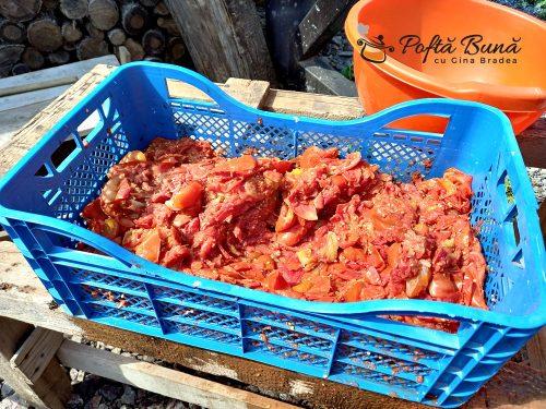 Bulion de rosii - reteta italiana de passata di pomodoro