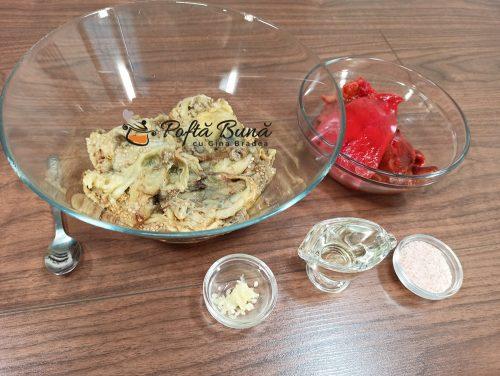 Salata de vinete cu ardei copti si usturoi