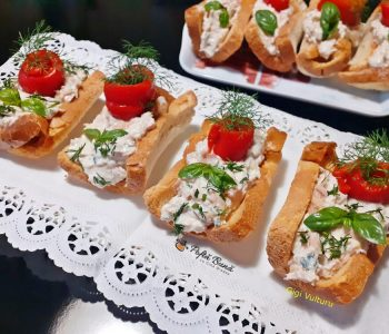 barcute din paine umplute cu ton si ricotta 1 350x300 - Index retete culinare (categorii)