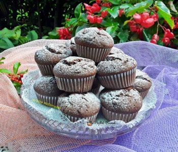 briose cu ciocolata reteta pas cu pas 2 350x300 - Index retete culinare (categorii)