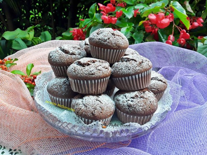 Muffins cu ciocolata reteta pas cu pas